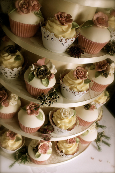 Vintage Rose Wedding Cupcakes by ConsumedbyCake on Flickr.