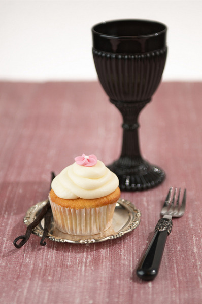 Cupcake Imperium's new Vanilla / Vanille Neu by Patrick Wenz Photography on Flickr.