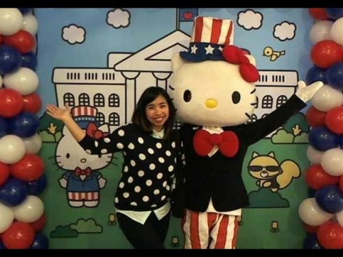 Hello Kitty's Presidential Campaign HQ is in (no surprise) DC and obviously I had to go on the first day and pick up all my HK Presidential swag.  Literally no shame in my game.
