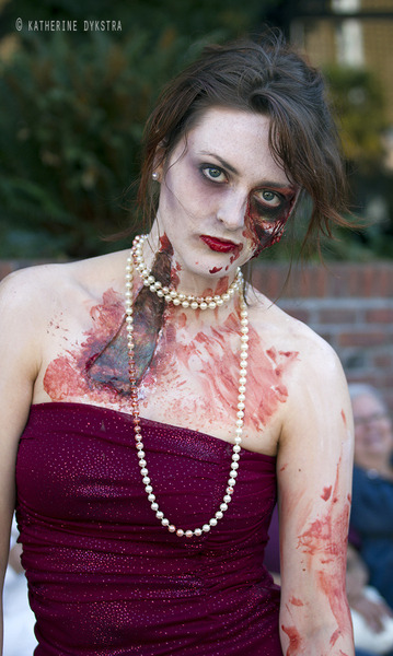 Zombie gore (liquid latex, tissue, makeup, blood), 2012.