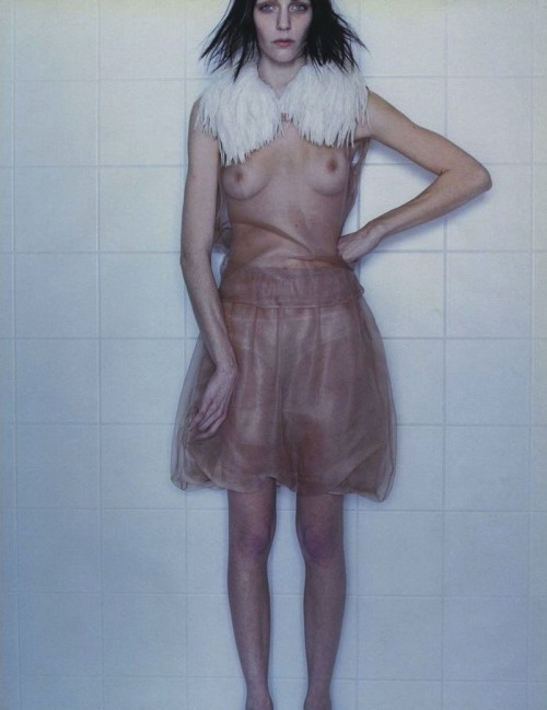 mariacarlabosscono:  Hannelore Knuts by Alex Cayley for Dutch #26