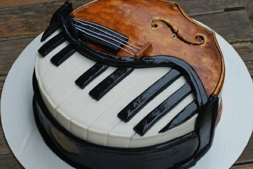 instrumentalist-heehee:  cake! i can play both! hehe