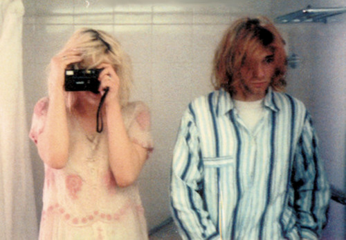 sombrer:  Courtney Love & Kurt Cobain on their wedding day, 1992.