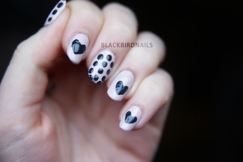 http://blackbirdnails.blogspot.de/2012/10/keep-you-apart-deep-in-my-heart.html