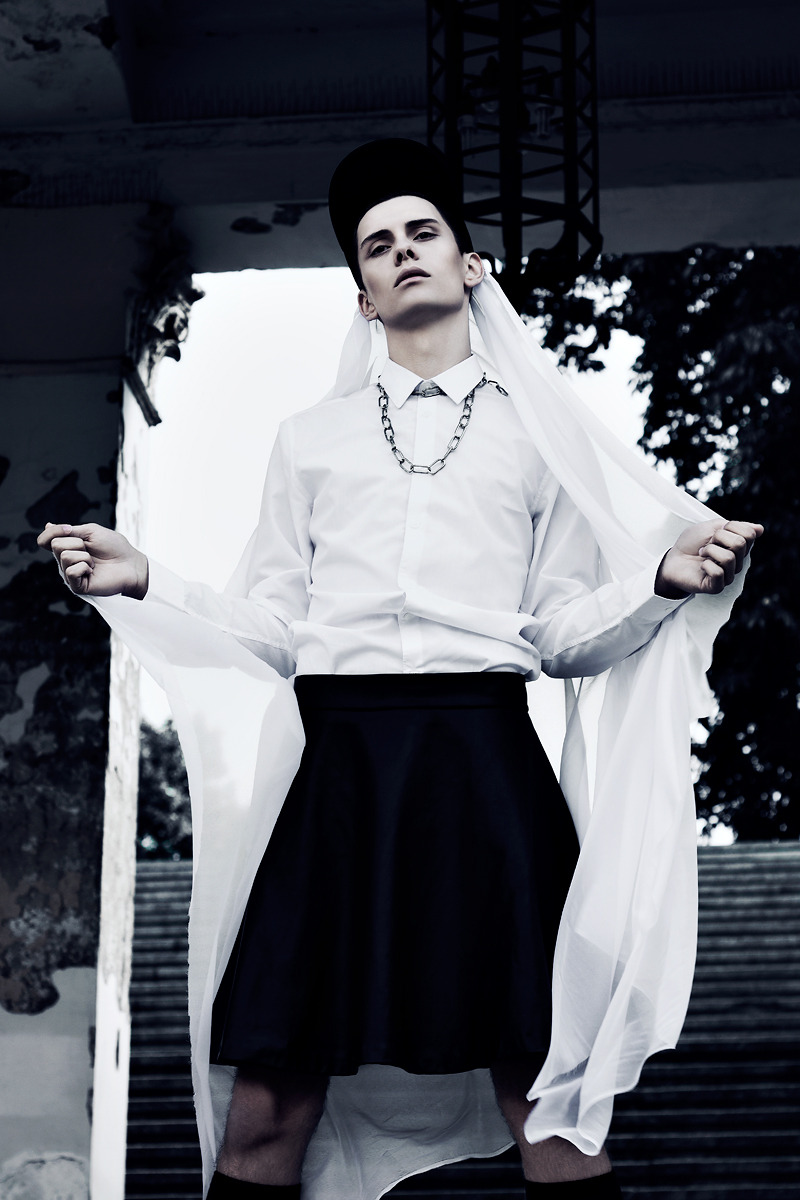 afreeboy:   Marcel Makaruk in 'Jaded' by Krzysztof Waszak for Fashionisto Exclusive