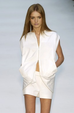 neroli-portofino:  JIL SANDER: OVER 12 YEARS: SS 03