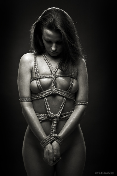 beautifull bondage! must find instructions for this one