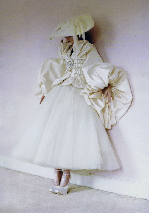 thezoereport:  Guinevere van Seenus in Vogue Italia March 2011 by Tim Walker