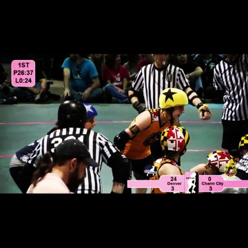 Let the derby weekend commence!! #wftda #championships #rollerderby http://wftda.tv/live/ (at Christmas Steps)