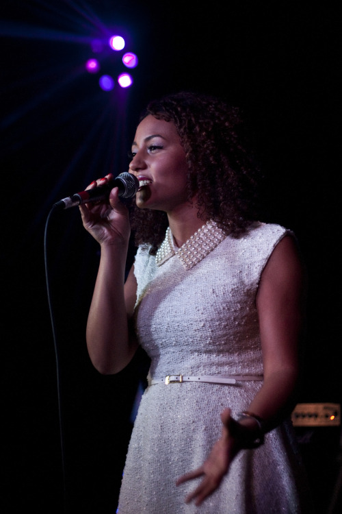 @Kyraofficial performing at @RateMePlzShow at @_QueenOfHoxton_  @Remel_London