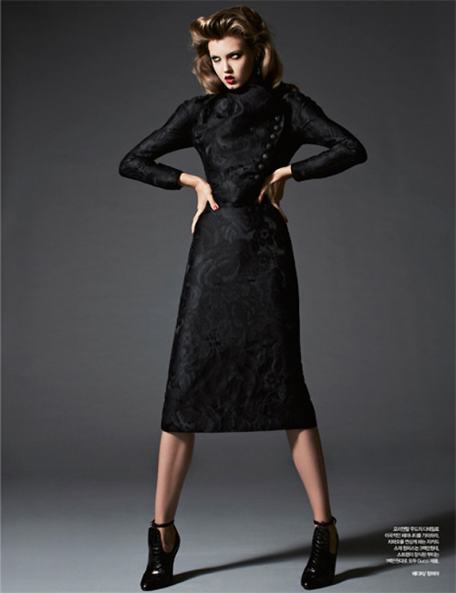 stormtrooperfashion:  Lindsey Wixson by Michael Schwartz for Harper's Bazaar Korea, November 2012