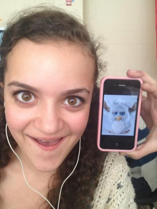 brittsboo:  My friend looks like a furby