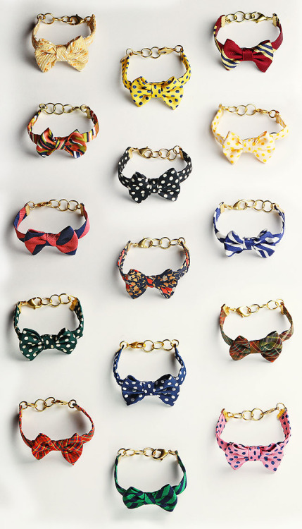 kieljamespatrick:  Sarah Vickers Bow Bracelets for Kiel James Patrick.  Giving away the first 5 samples on Classy Girls Wear Pearls this weekend.    Click here to enter for your chance to win on before your friends