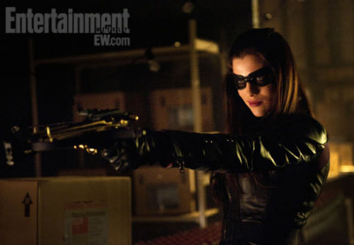 entertainmentweekly:  Antiheroine The Huntress is coming to The CW's Arrow — and we've got a first look at actress Jessica De Gouw in costume, as well as a chat with executive producer Andrew Kreisberg about the character's much-anticipated debut.