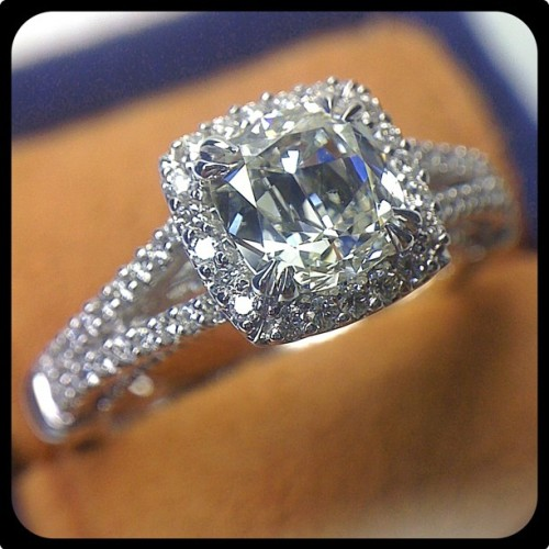 Cushion cut diamond offers the romance of a past era, especially in this Insignia-7062CU.