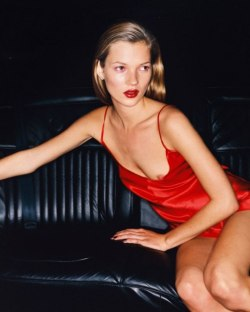 contagium:   Kate Moss photographed by Juergen Teller in 1994