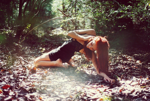 Black,Fashion,Girl,Ground,Hair,Lace,Leaves,Red hair,Woods,Pretty,