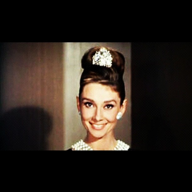 #audrey #audreyhepburn #audreyeverlasting #beauty #breakfastattiffanys #classic #movie #vintage #gorgeous #pretty