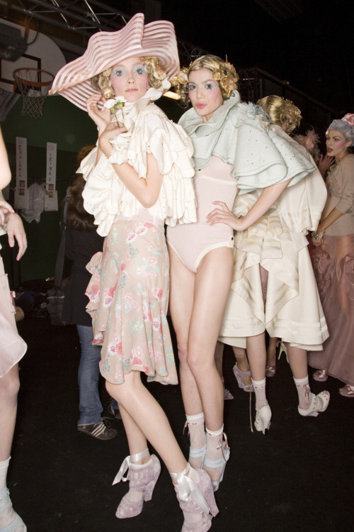 Iekeliene Stange and Sheila Marquez backstage at John Galliano 2008