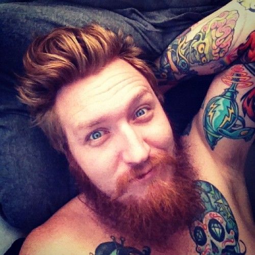 lifeslittle:  in bed after 630 am??? awesome! #beard #tattoos #dayoff (at Boner City)