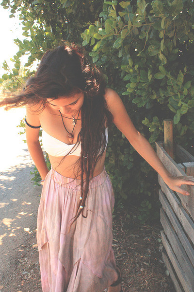 photography girl beautiful hipster vintage boho indie nature dreadlocks vertical