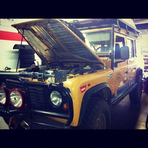 Sorry jeep peeps but this defender smashes…#landrover #defender #dope #crazy #safari