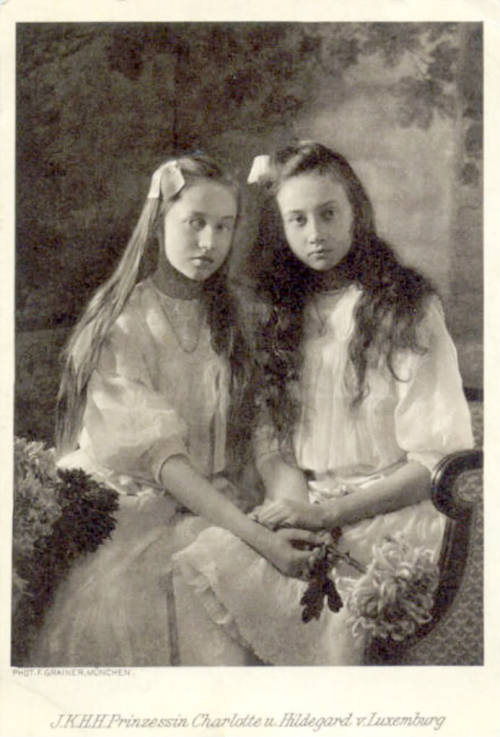 Grand Duchess Charlotte and Princess Hilda of Luxembourg.