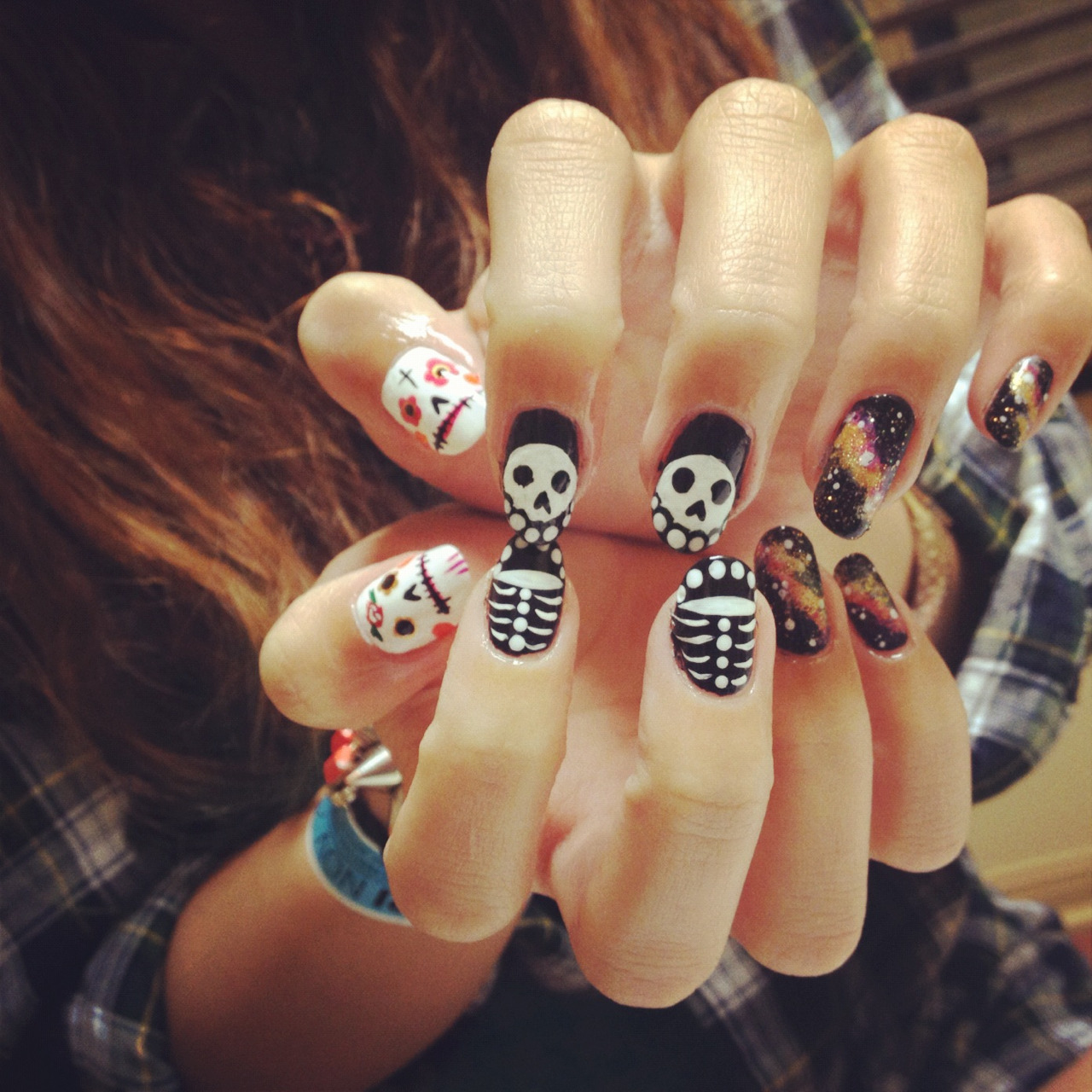 nailsyall:  Skeleton universe mash-up