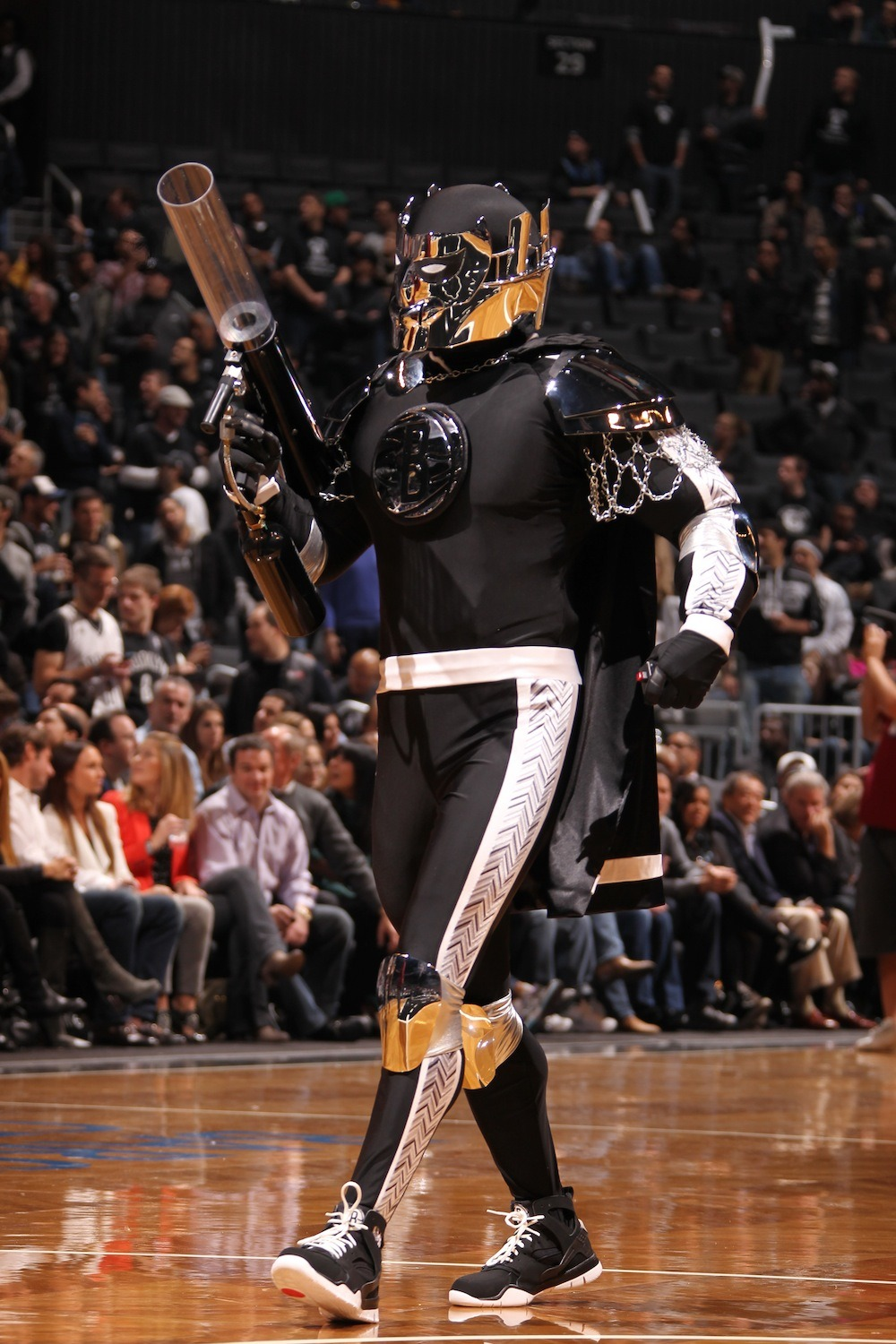 "IN CASE YOU MISSED IT: Here is the new Nets mascot, ""The Brooklyn Knight"" and it looks like a bootleg Power Rangers villain. It's a good thing Jay-Z and Nas don't have beef anymore or else Nas would have had like 10 zingers on this mascot alone. (via thescore)"