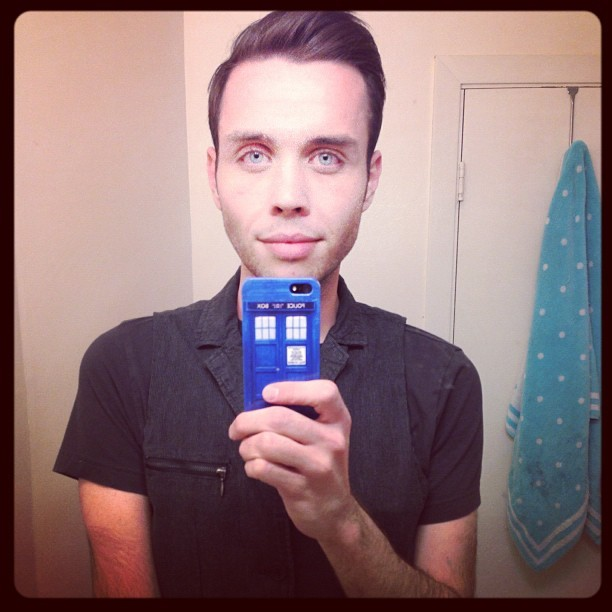 My phone is a TARDIS again. You argument is invalid. #doctorwho