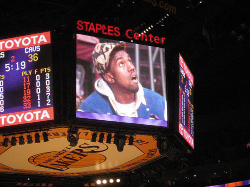 thestraightforward:  Hard to be humble when you stuntin on a jumbo tron