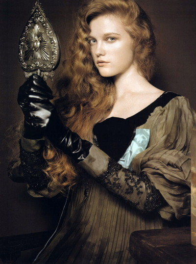 thetruthdoesnotglitterandshine:  Renaissance | Vogue China January 2007 Vlada Roslyakova by Pierluigi Macor Christian Lacroix | Fall 2006 Couture
