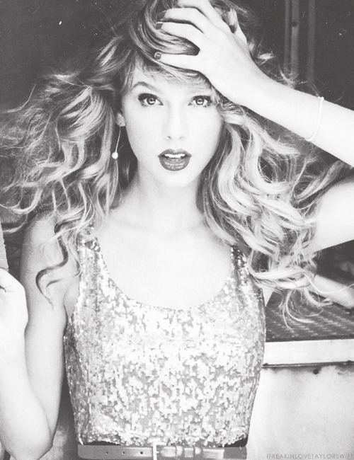 402/100+ pictures of Taylor Swift