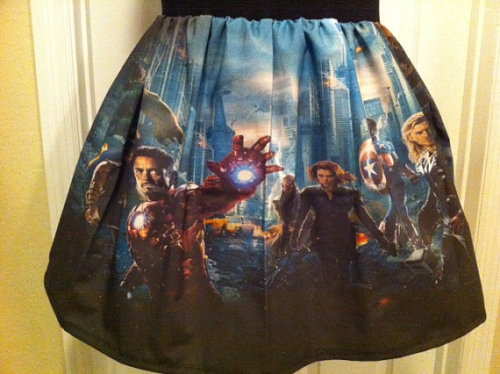 nerdy-etsy-finds:  Avengers inspired skirt sold by NerdAlertCreations $40  OMG I need all the nerd skirts.
