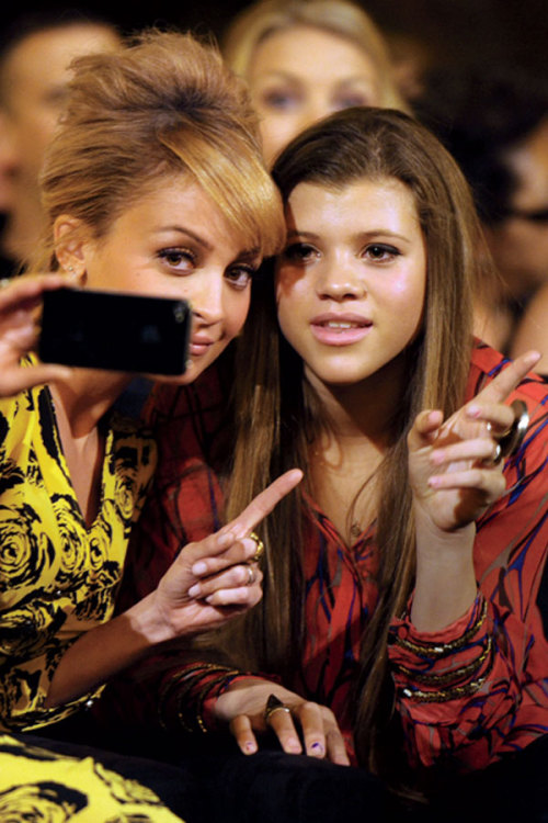 14-year-old Sofia Richie talks about what it's like shopping with her style icon and big sister, Nicole Richie. Get your insider scoop here »