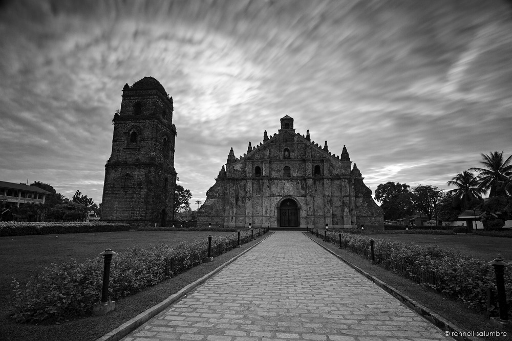 I love Ilocos! I can stay here like forever!!! <3 Paoay Church