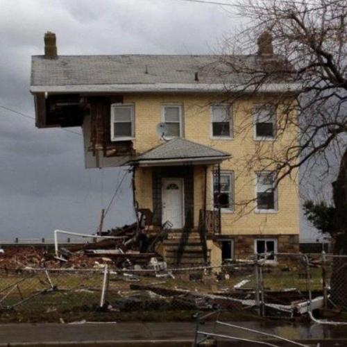 incanti:  post-hurricane house in Jersey