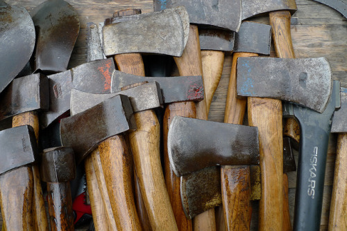 Axes by coconinoco on Flickr.Tramite Flickr: Nicely oiled axes.