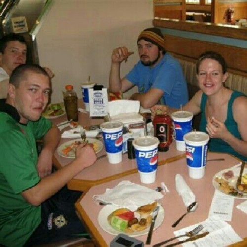 Florida 2009. Ponderosa breakfast. Far too jetlagged and hungover for life. #ping #ponderosa #orlando #florida #2009 #breakfast #nom #pepsi #food #usa #america #cantwaittogetback #iwannabethere #holiday #awesome #bestholidayever #friends  (at orlando)