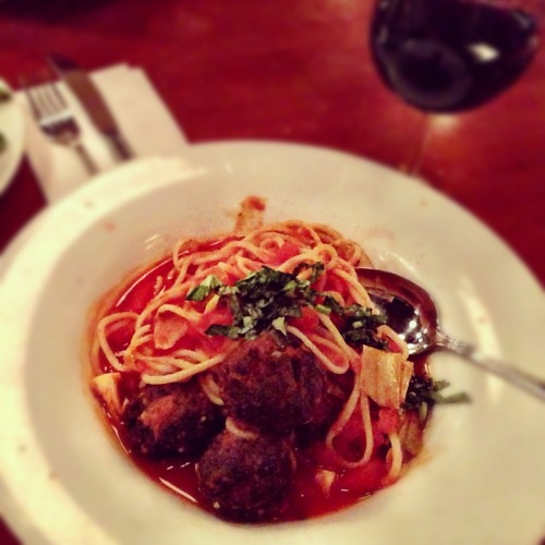 spaghetti with vegan meatballs at hugo's restaurant. i usually eat here for breakfast, but their dinner items are just as delicious.