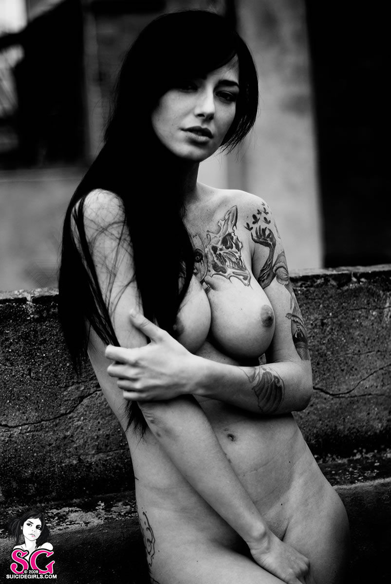 suicide girls paula