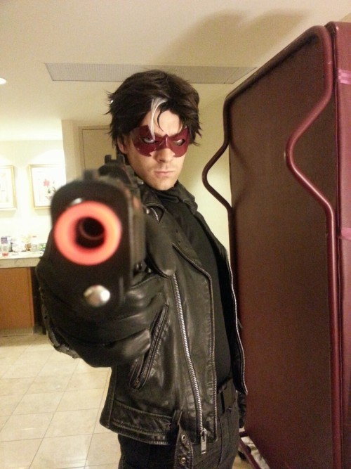 etheodoreal:  My Red hood I debuted this weekend.**Big thanks to emilycrossing for helping with the mask! Couldn't have done it without her (as per usual when I cosplay…)**
