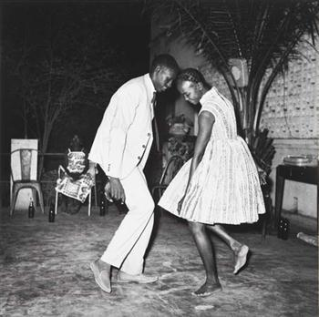"mewphotography:  Nuit de Noel (Happy Club), 1963, Malien, Malick Sidibé ""We were entering a new era, and people wanted to dance,"" Sidibé says. ""Music freed us. Suddenly, young men could get close to young women, hold them in their hands. Before, it was not allowed. And everyone wanted to be photographed dancing up close. They had to see it!"" From the article published in The Guardian by John Henley, ""Malick Sidibé photographs: One Nation Under a Groove"""