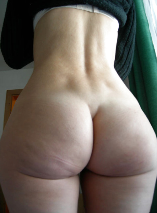 "heartshapedbutts:  Do you have a beautiful butt, curvy or hour glass figure?  Show it to me!  Follow, Submit or send to: ""lovecoldcuts@gmail.com""  Visit Coldcutsandbutts.com for photos and more… Like my blog?  Show your support by visiting My Amazon Wishlist and helping me out. Are you a dirty girl?  Do you have a webcam?  Add me on Yahoo Messenger:  AncientDeek"