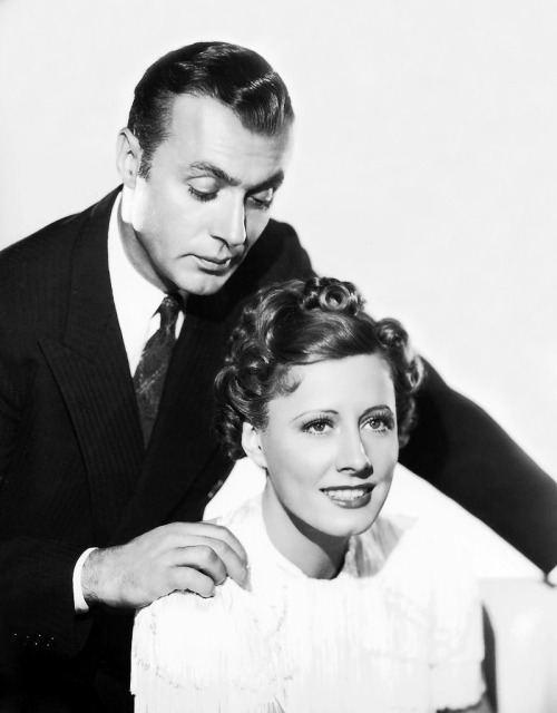 mariedeflor:  Irene Dunne and Charles Boyer photographed for Love Affair, 1939