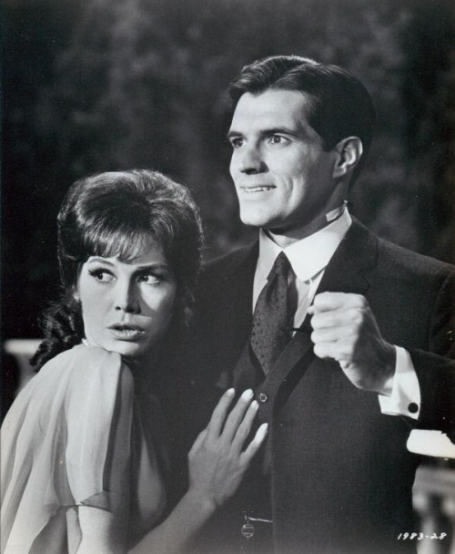 Mary Tyler Moore and John Gavin, Thoroughly Modern Millie (1967)