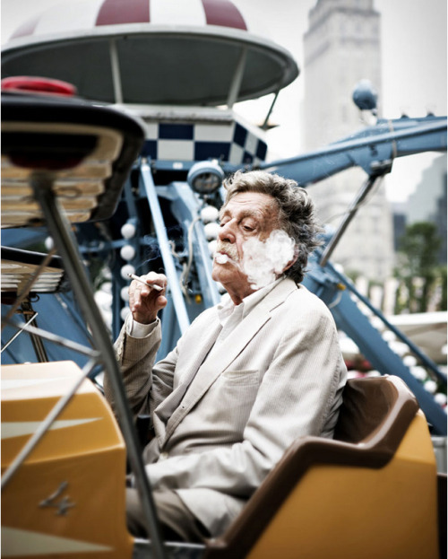 vonnegutphile:  arrestomomentum:  Kurt Vonnegut by Peter Yang for Rolling Stone  Classy old fart.
