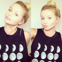 allisimpson:  paradiseclass:  m-smerized:  perfectttt  MA GIRL IS TUMBLAH FAMOU$$$$  ahahhahahah  ^^ Hi, Alli. I love you! You're soo pretty!!