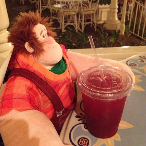 #Ralph's enjoying some practically perfect punch! 😚🍹 (at Jolly Holiday Bakery Cafe)