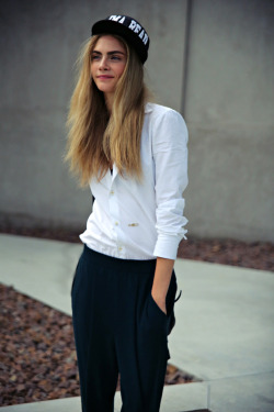 fashion street style Model cara delevingne model off duty